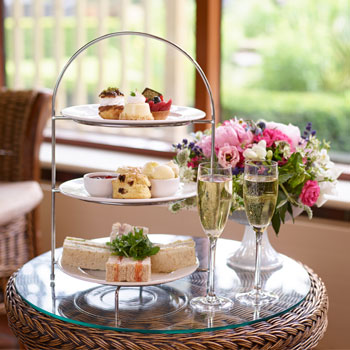 Champagne-Afternoon-Tea