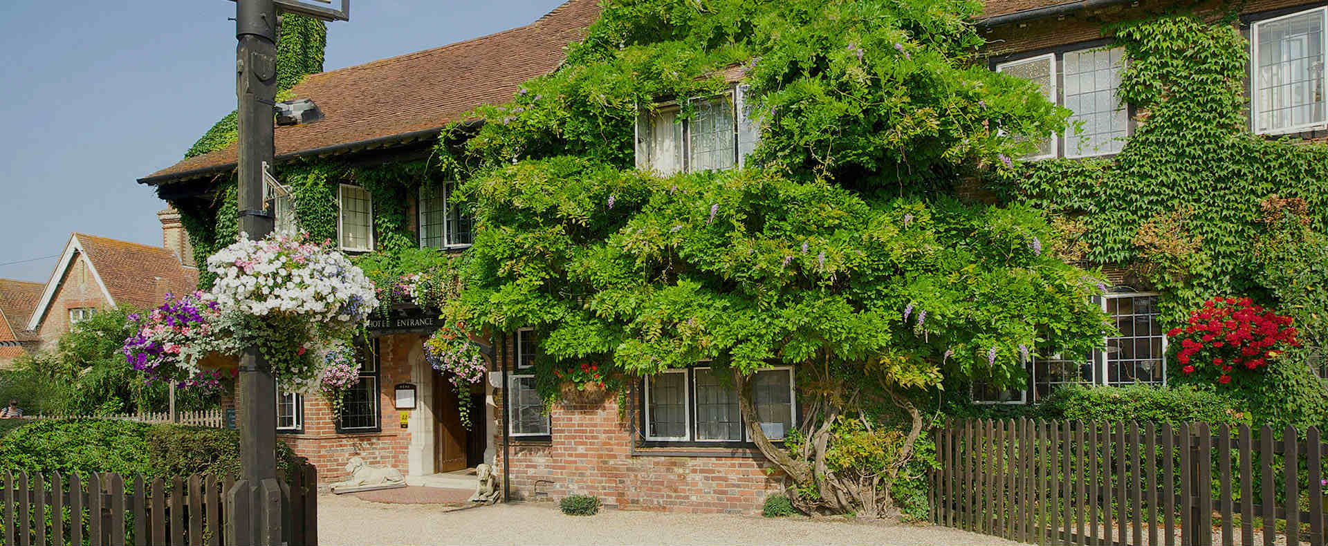 Montagu Arms Hotel | New Forest