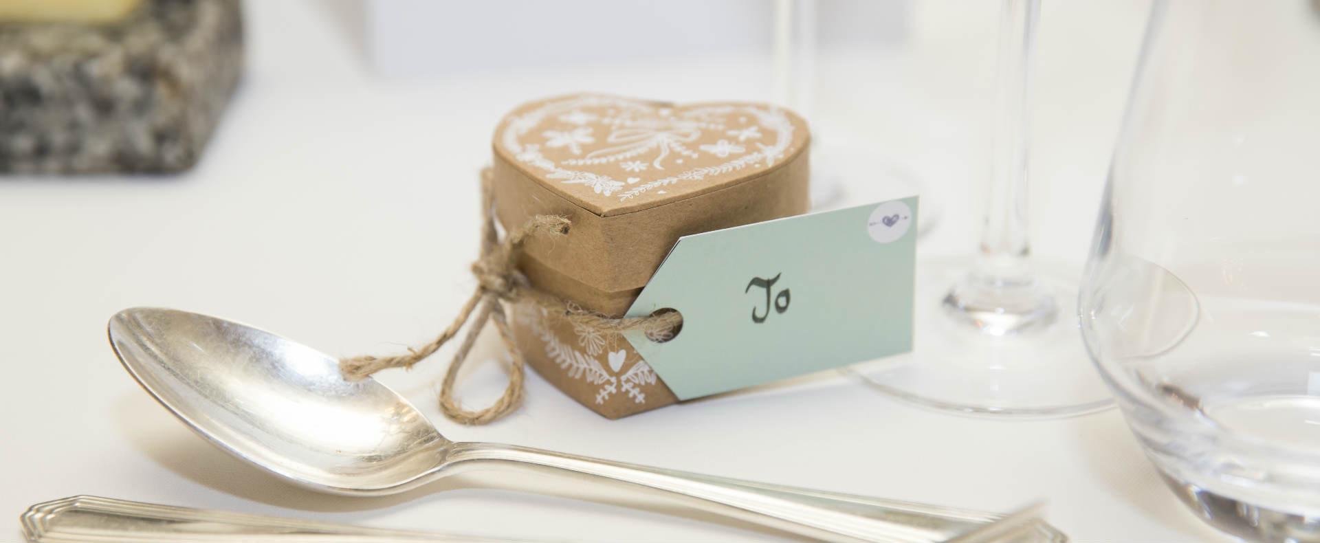 5 Wedding Favour Ideas To Thrill Your Guests | Montagu Arms1